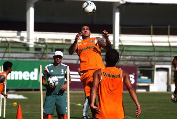 O zagueiro Fabrício participa do treino da manhã desta terça-feira, 15, nas Laranjeiras
