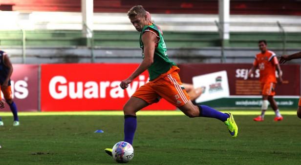Feliz por boa atuação, Marlone quer seguir crescendo no Fluminense