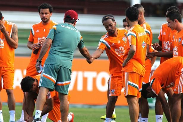 Fluminense:   Notícias  Publicado em 19 de agosto de 2015 às 19h21 Enderson quer o time bem para que dupla de craques possa desequilibrar