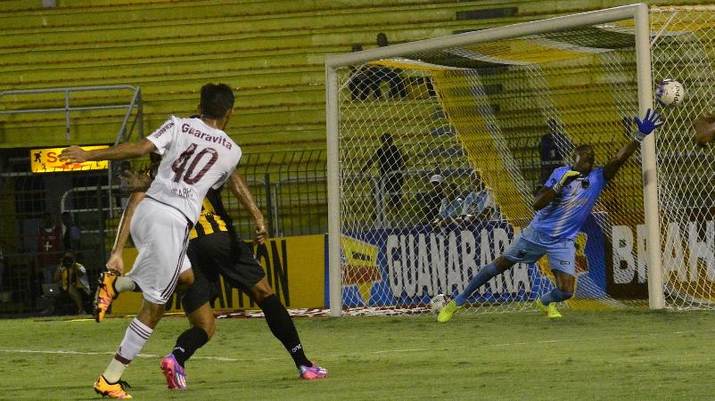Fluminense perde por 3 a 1 para o Volta Redonda na estreia do Carioca