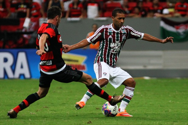 Fluminense perde para o Flamengo por 2 a 1 no Mané Garrincha