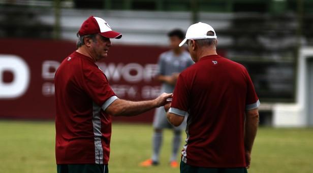 Fluminense: Levir comanda trabalho tático no último treino antes do clássico